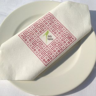 Personalized napkin with linen facture