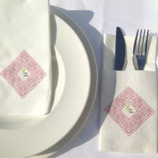 Personalizēts galda salvešu komplekts īpašam mirklim